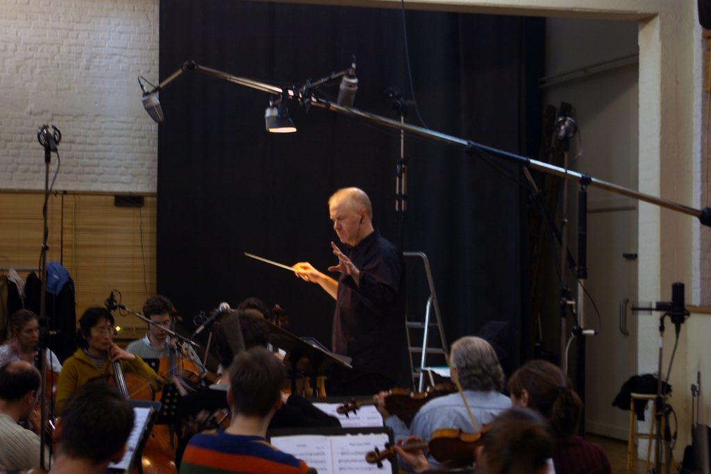 Stéphane Meer dirige le Philharmonique de Bruxelles