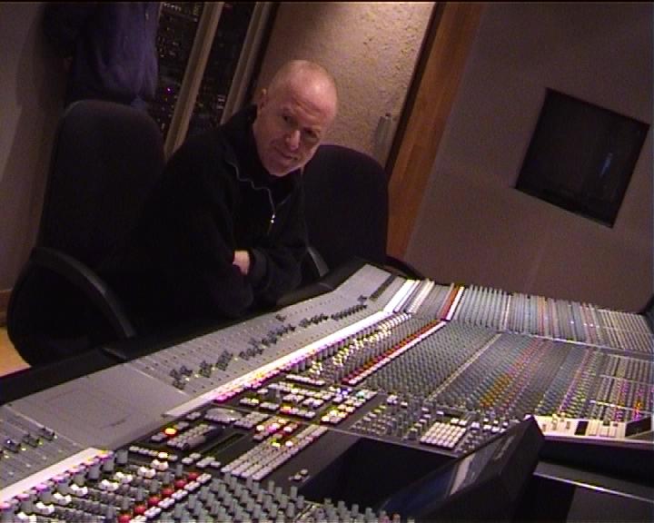 Témoignage d'un compositeur de musique après 35 ans de séries et films pour la télévision.