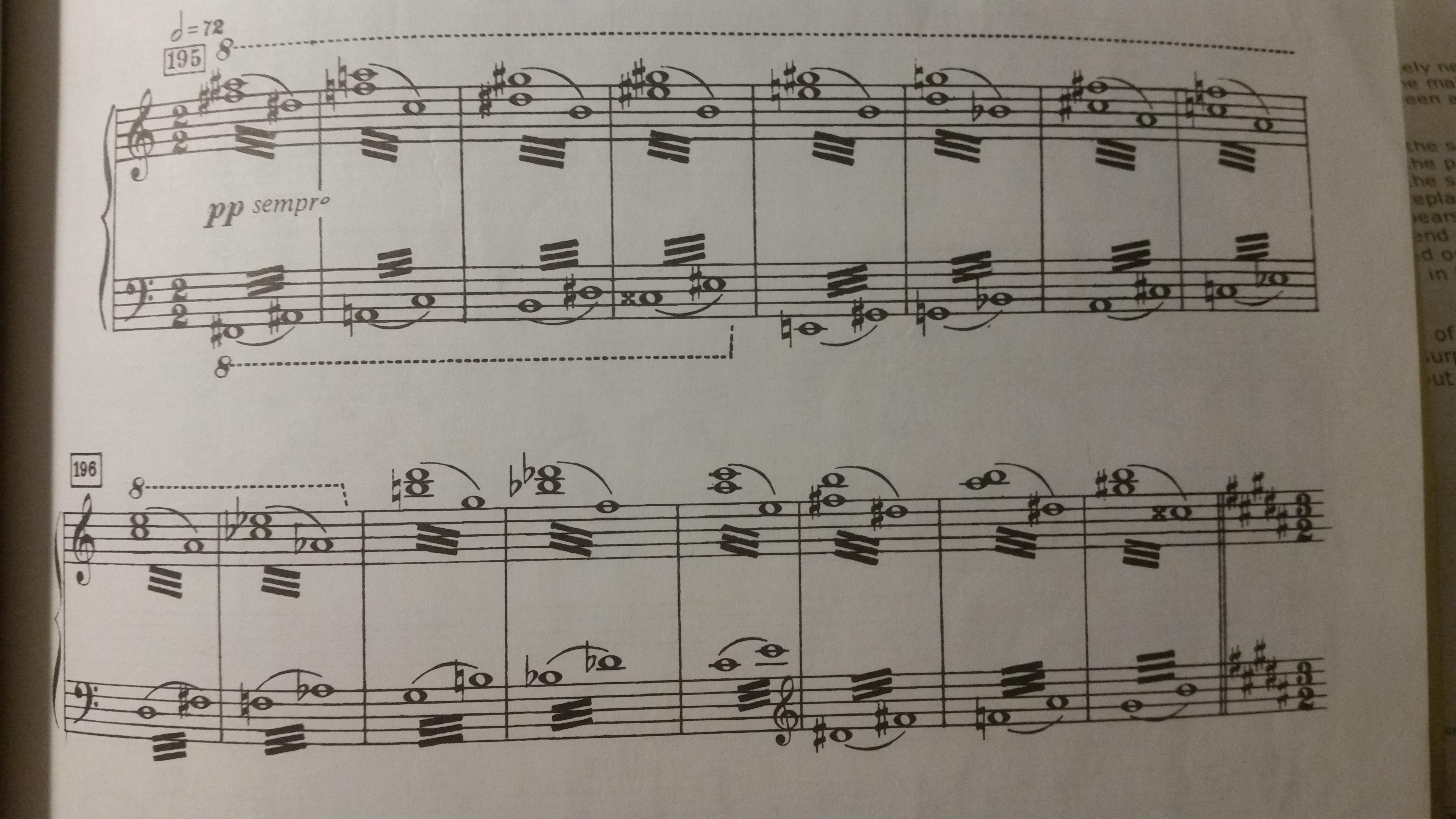 Une harmonie flottante dans l'oiseau de feu de Stravinsky